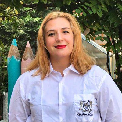 Alexandra Alecu - Profesor de Limba Engleză